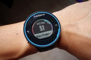 Calculez votre VO2 Max et prévoyez votre temps de course avec la Garmin Forerunner 620