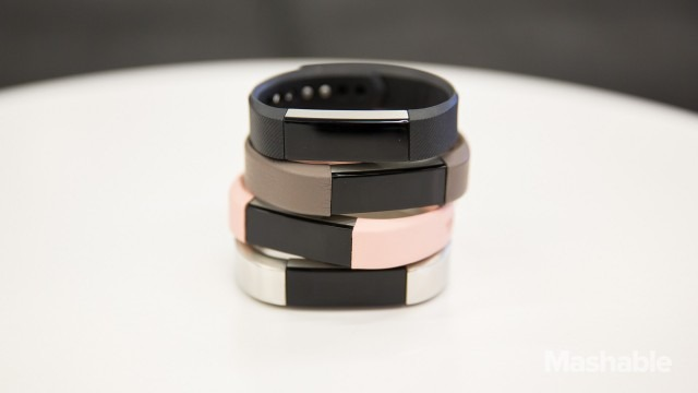 fitbit alta le premier beau bracelet connect de fitbit. Black Bedroom Furniture Sets. Home Design Ideas