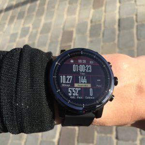 Amazfit Stratos running 2