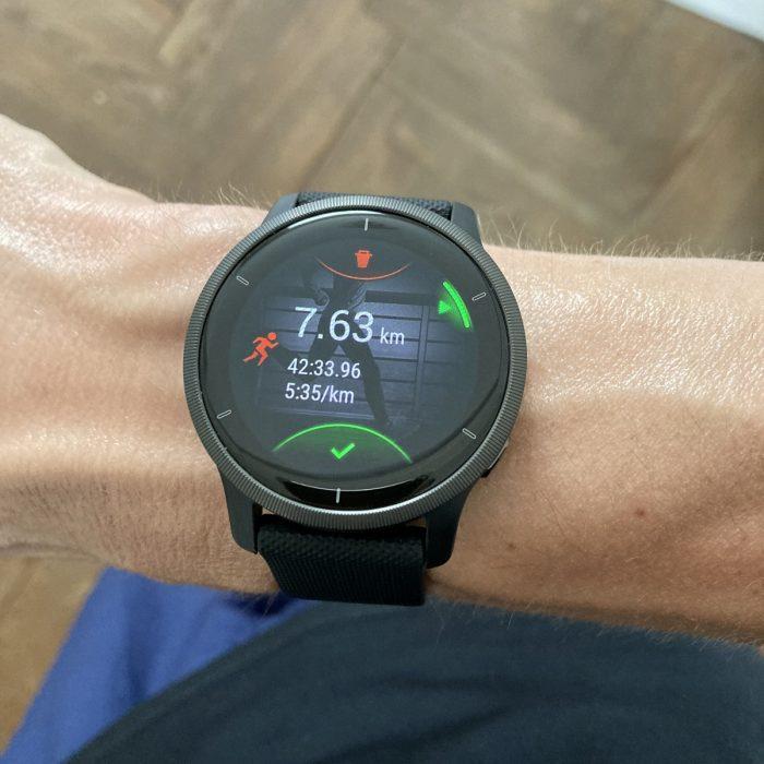 Garmin Venu 2 running
