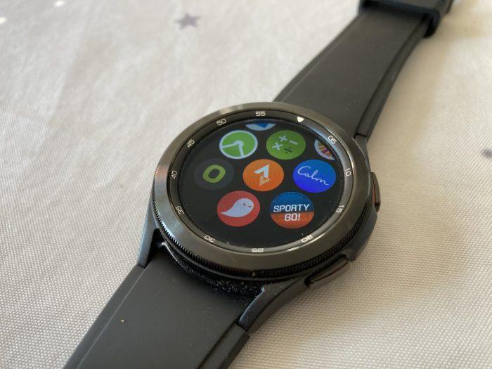 Galaxy Watch 4 applications
